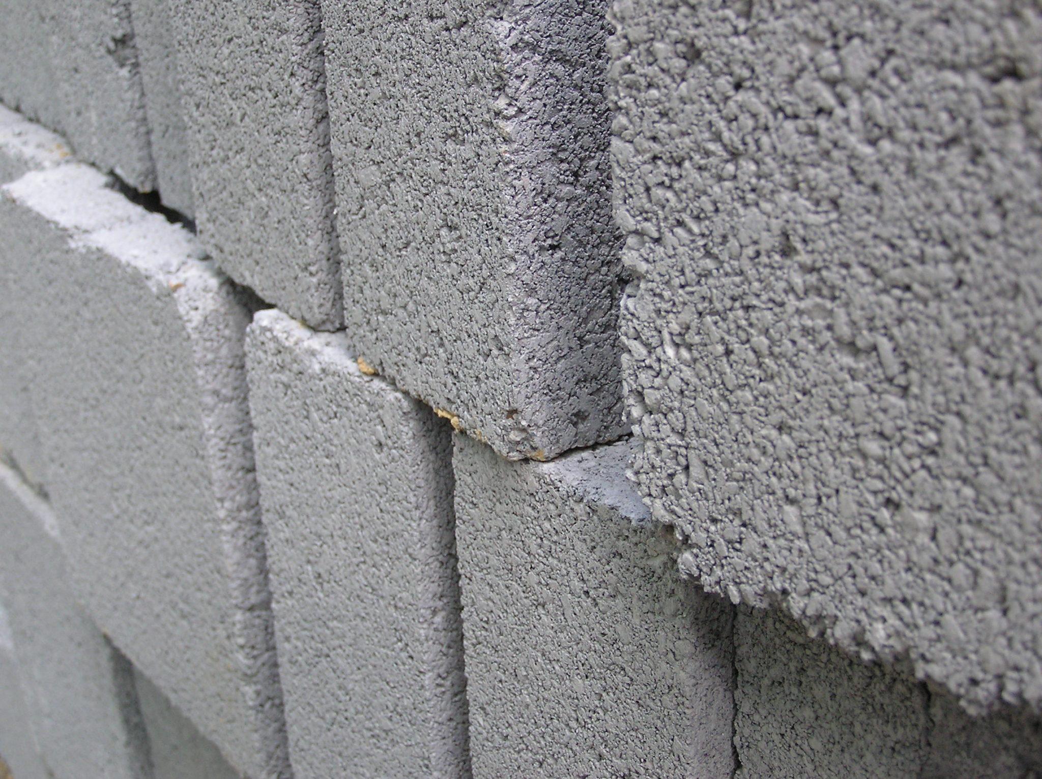 Виды стеновых блоков: материал и целевое использование